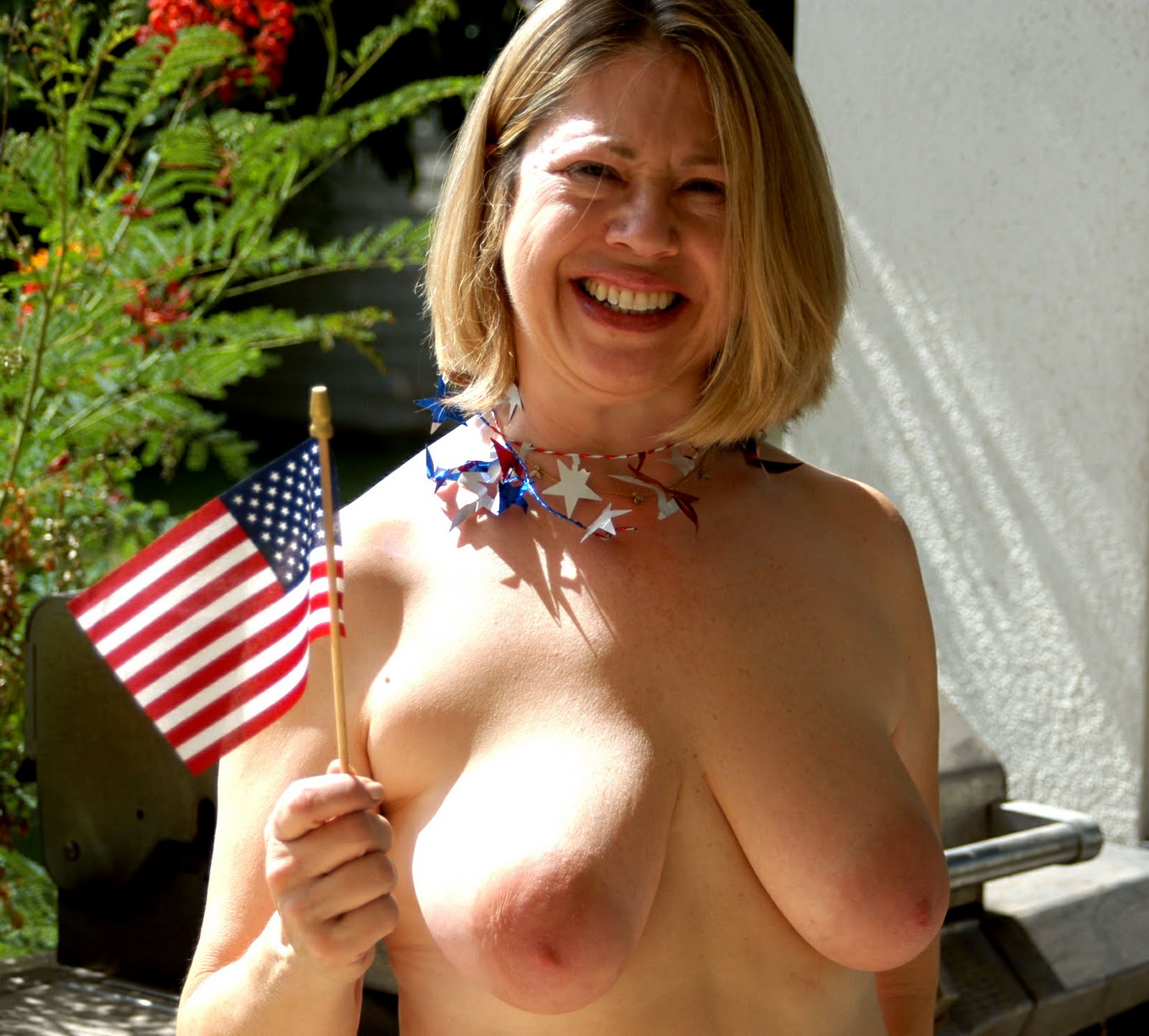 Happy 4th of July everyone from the Terra Cotta Inn nude sunbathing resort ...
