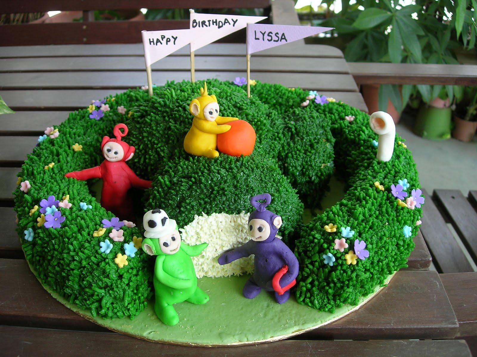 Lala Teletubby Cake