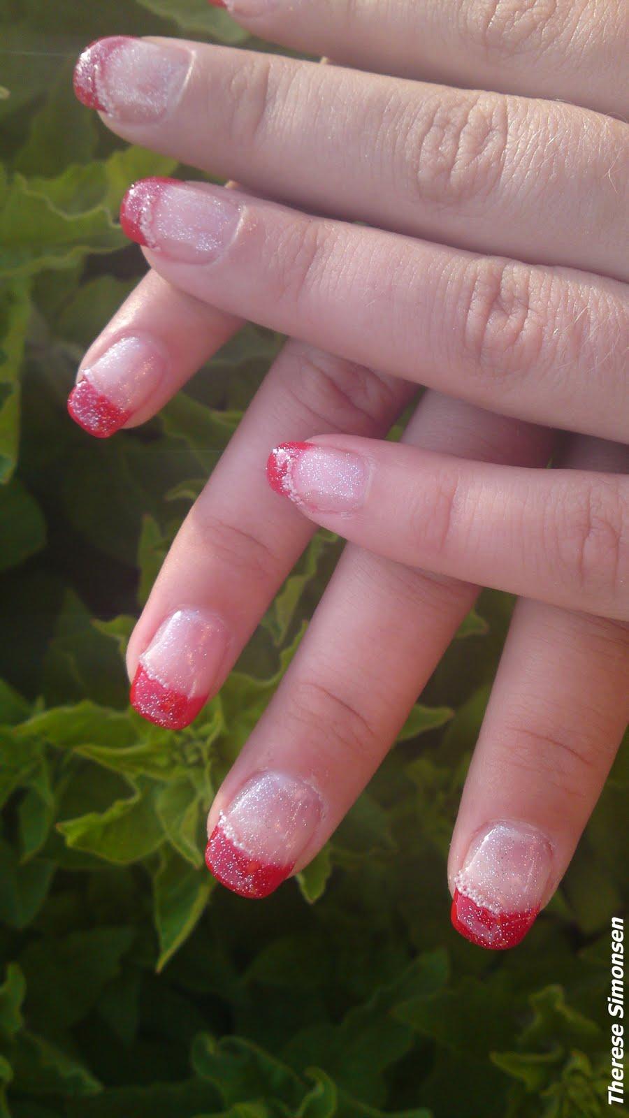 pärlor på naglarna