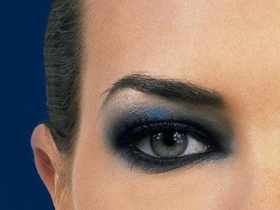 http://1.bp.blogspot.com/_VLn9QCaz96Y/TJavmw2h-AI/AAAAAAAAAKE/FE5dYAYvsWo/s1600/maquiagem-preta.jpg