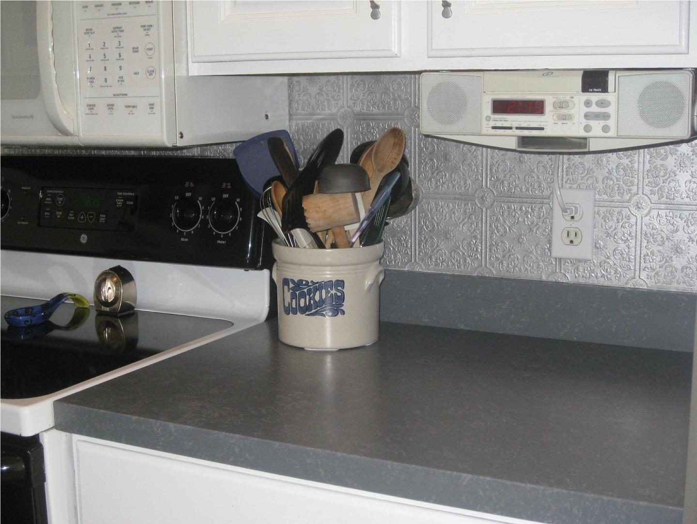 Kammys korner painted kitchen countertops again