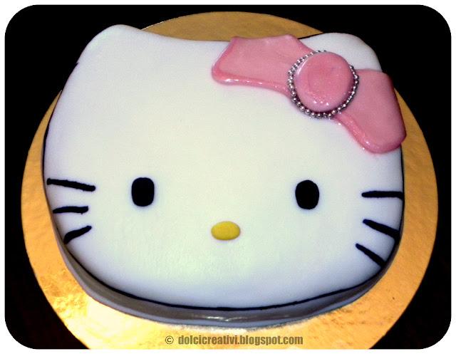 Torta Faccia Hello Kitty