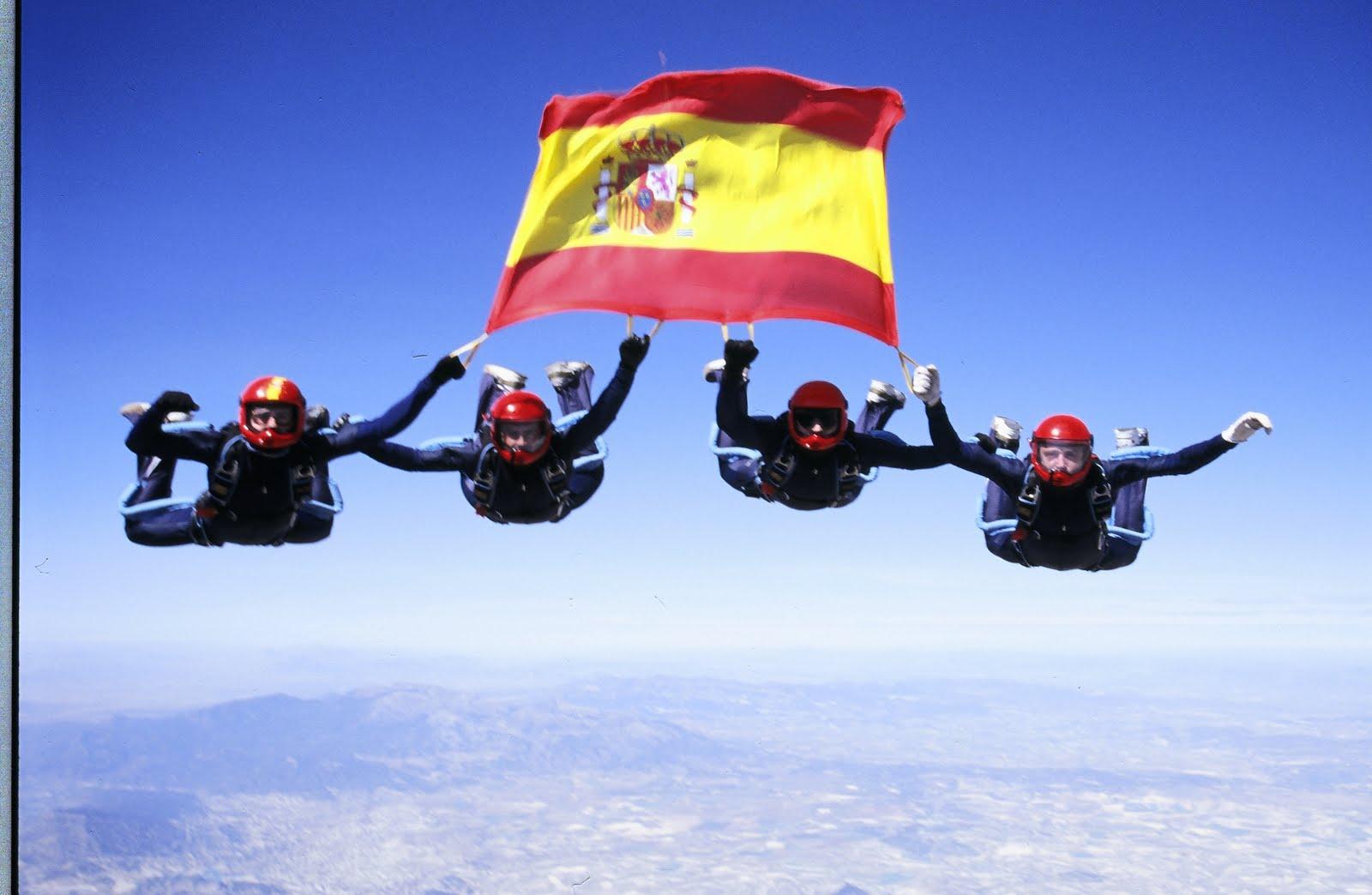 Educación Física en la Red: Paracaidistas militares, Fiesta Nacional ...