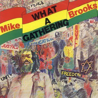 Mike Brooks. dans Mike Brooks mike+brooks+-+what+a+gathering+(1976)+-+front