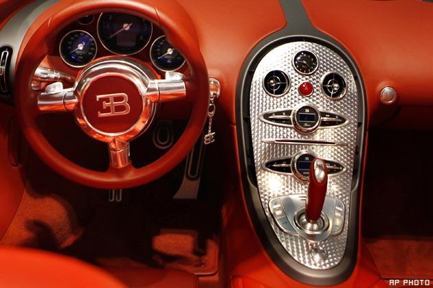 bugatti veyron comes to india bollymira. Black Bedroom Furniture Sets. Home Design Ideas