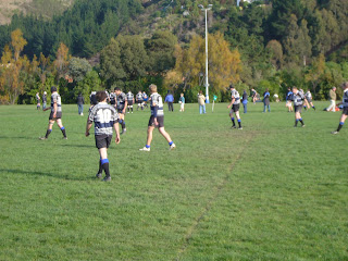 Jonathan Wicht playing rugby