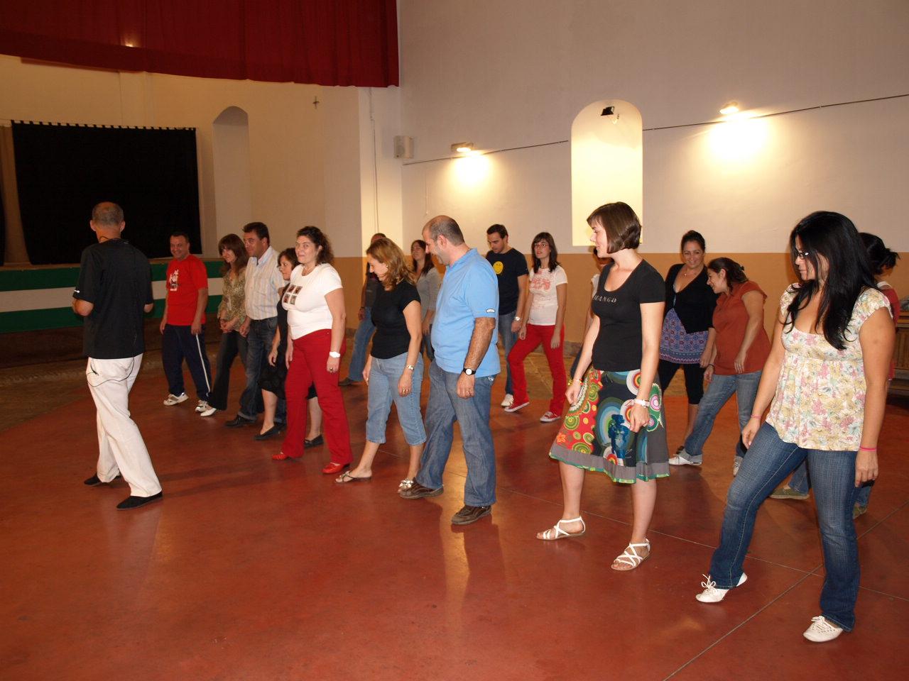 Apuntate a la escuela de baile de salon de constantina for Battlefield 1 salon de baile