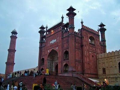 09 FOTO: Masjid masjid Unik di Dunia
