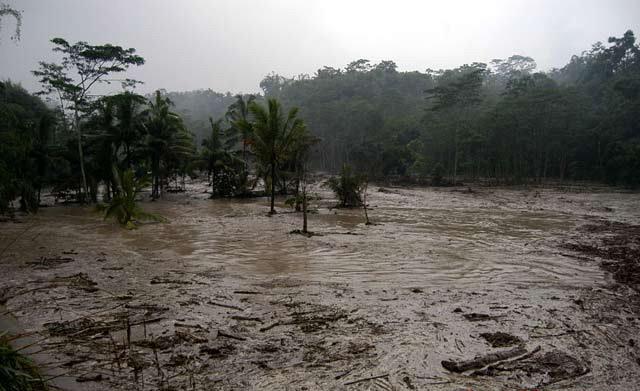 cerobong dimensi foto foto kali kuning banjir lahar dingin