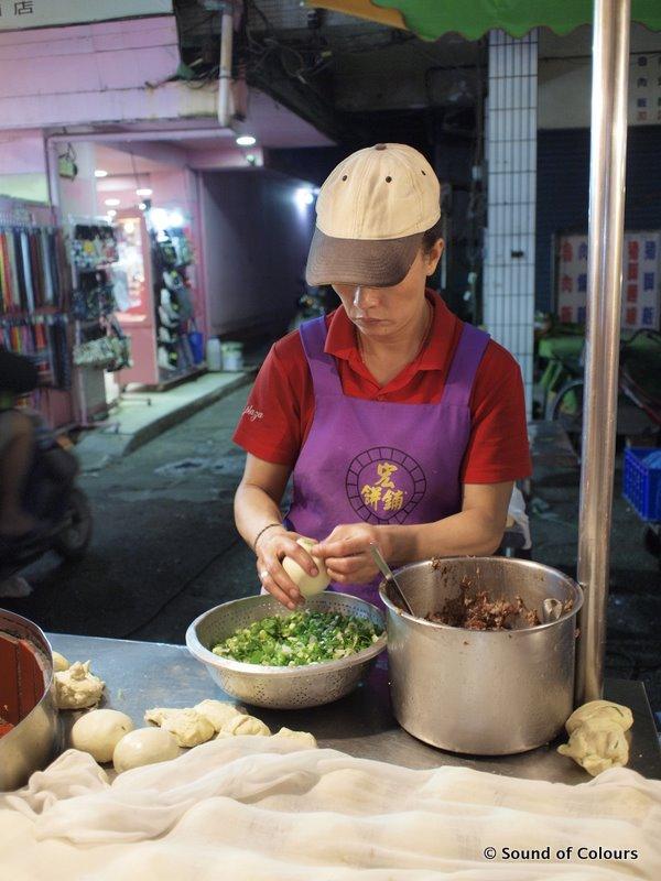 Allez cuisine eat venture in liuhe night market taiwan for Allez cuisine indosiar