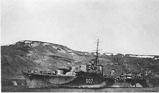 Le NCSM Athabaskan G07 à l'ancre en Islande en 1943 source: Pierre Lagacé