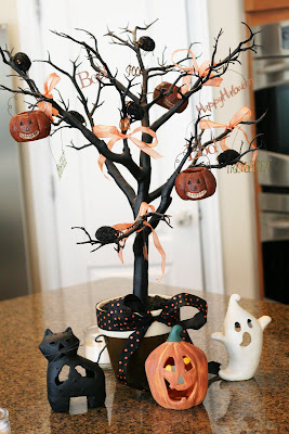 DIY Halloween Decor | Table centerpiece