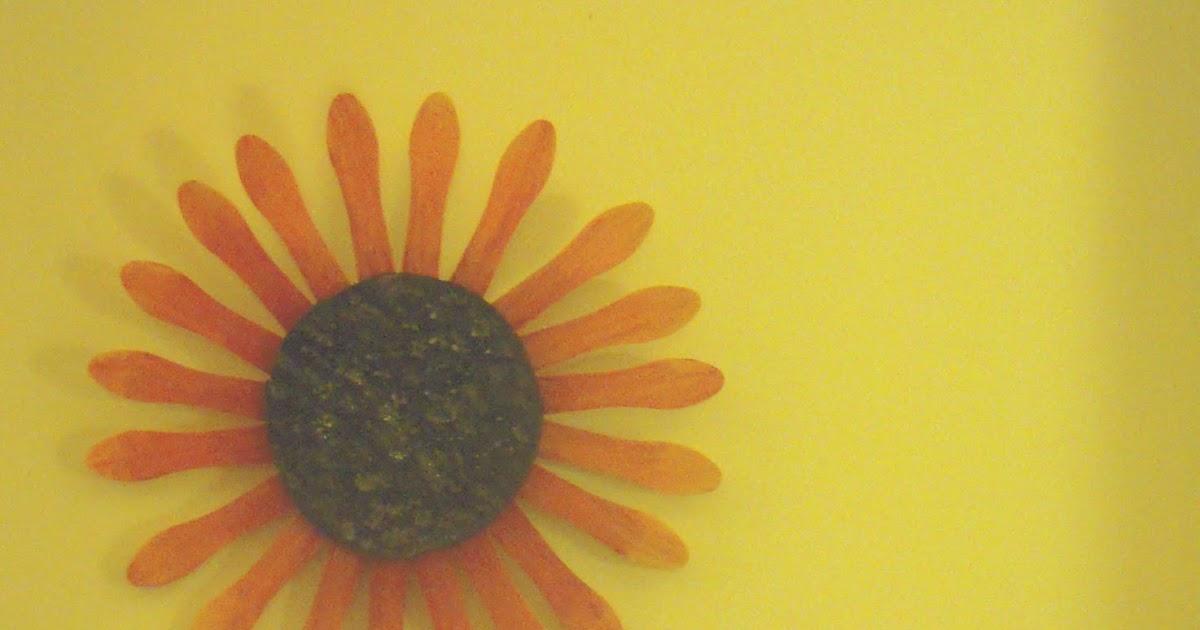 Marvelously Messy : Sunflower Wallflower