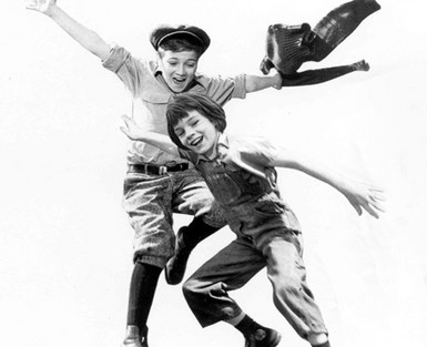 analyze jem and scouts relationship in The same is true for the relationship between atticus and scout in the novel to kill a mocking bird  lawyer atticus and his son jem and daughter scout .