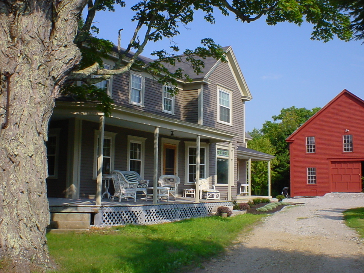 Woodstone construction new england farmhouse for New farmhouses