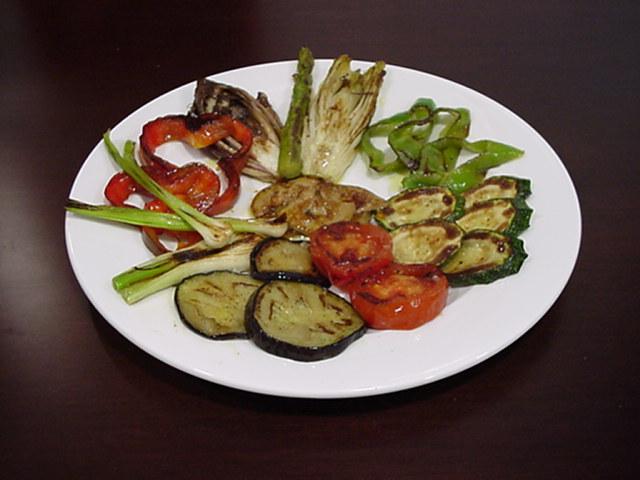 Color sabor y demas inventos primer dia de dieta for Parrillada verduras