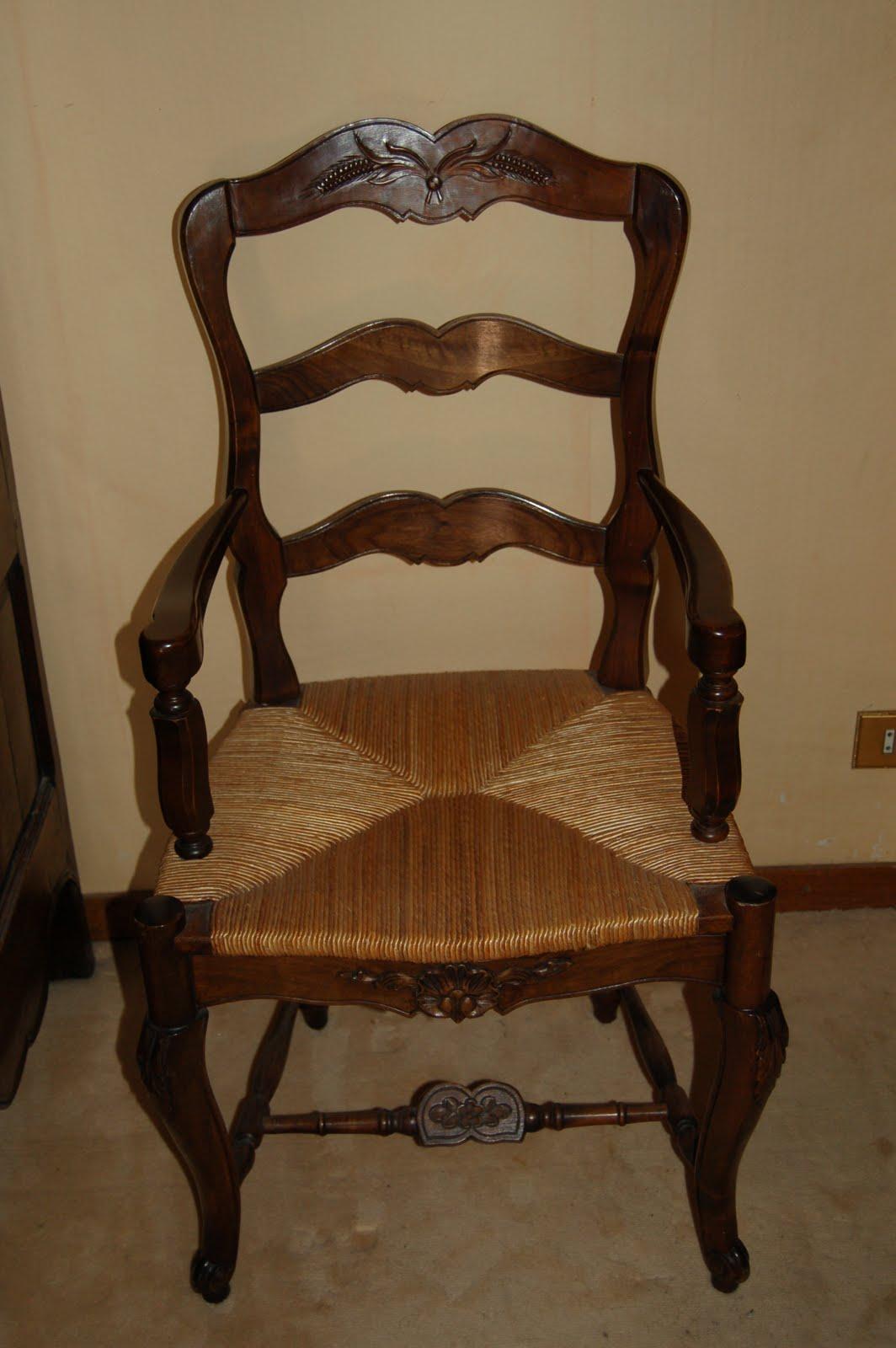 Meubles la valette - Chaise ancienne avec accoudoir ...