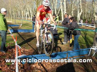 David Lozano bunny-hop ciclocross