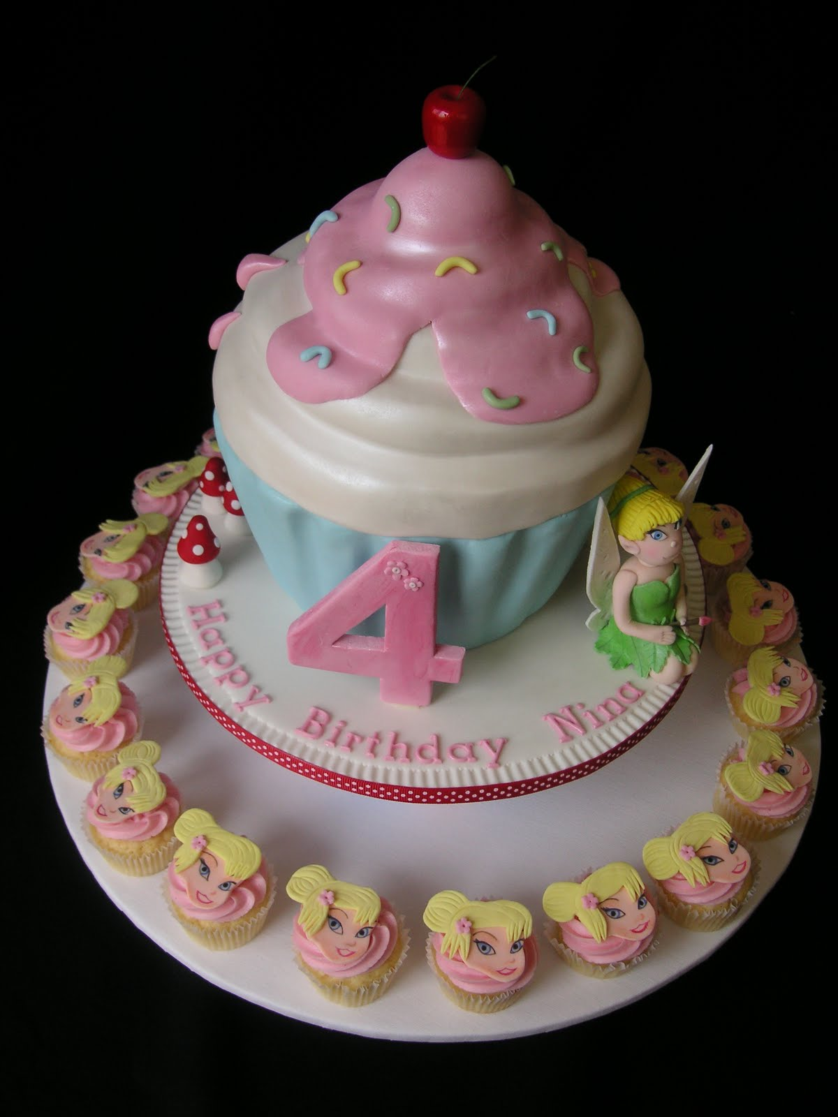 birthday cake with cupcakes ideas
