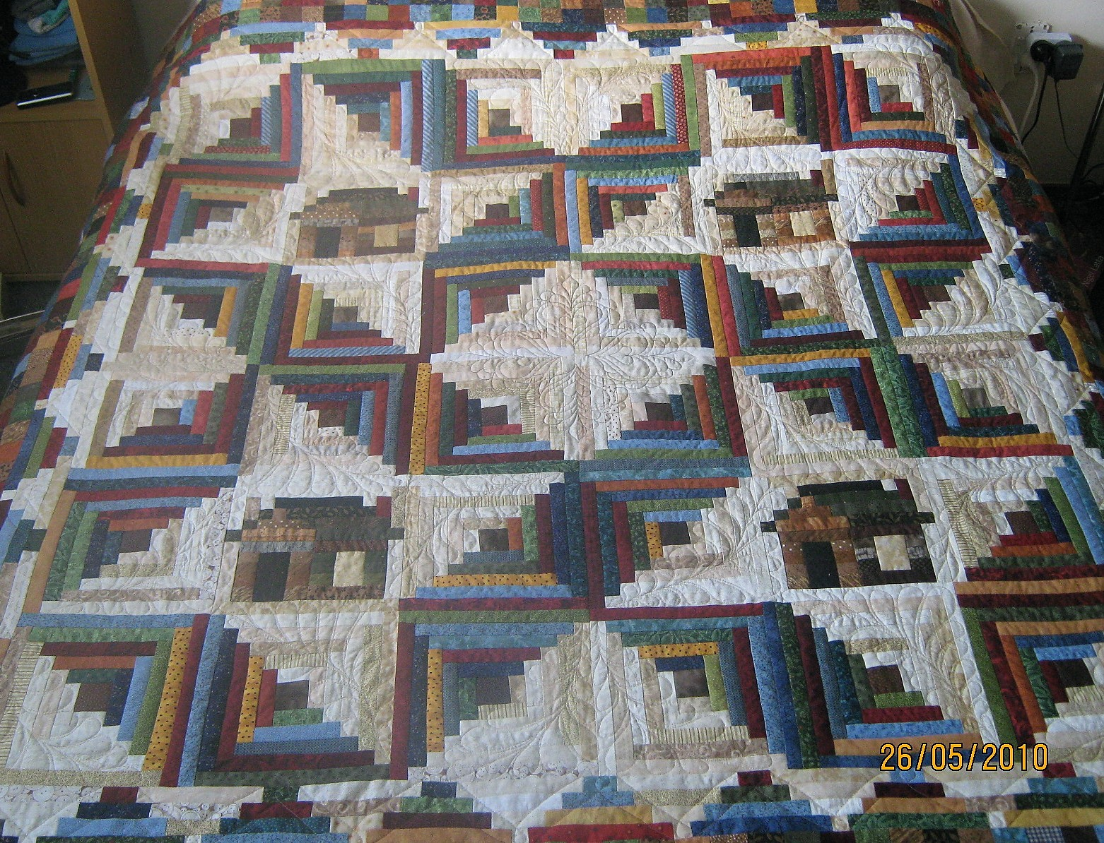 Log Cabin Quilts ~ Quiltmekiwi log cabin