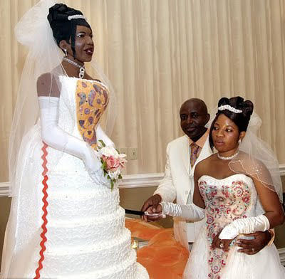 Weird Wedding Cakes And Toppers