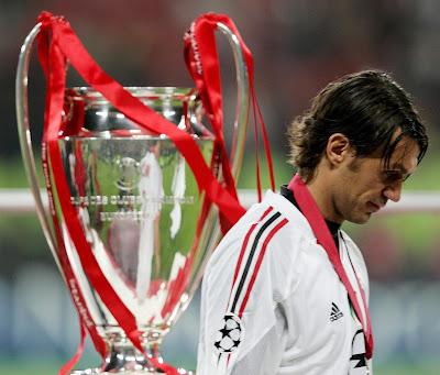 Paolo Maldini Top Soccer Player Wallpaper
