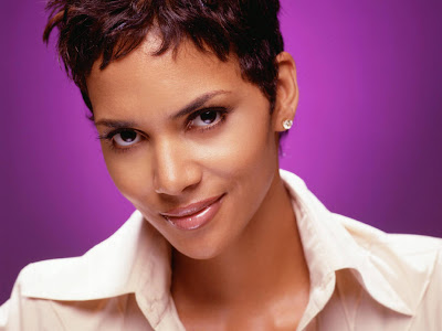 Hot Sexy Halle Berry Pictures