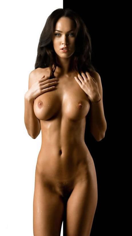 фото с голой актрисой меган фокс
