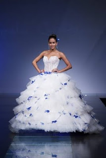 link http   www.elle.it sfilate content tutte-le-foto primavera-estate-10- sposa femme milano amelia-casablanca amelia-casablanca  1 1102a 11acc4f1db6c
