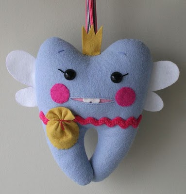 Cute Tooth Pillow : SIMPSONIZED CRAFTS: Tooth Fairy Pillow