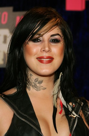 kat von d tattoo shop. Kat Von D Without Tattoos