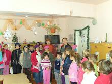 15.12.2009 - am primit colindători! (elevii clasei a IV-a de la Şc. Gen. nr. 6)