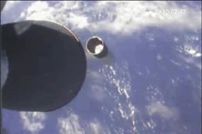 Falcon 1 raggiunge l'orbita terrestre: grande successo per SpaceX 2