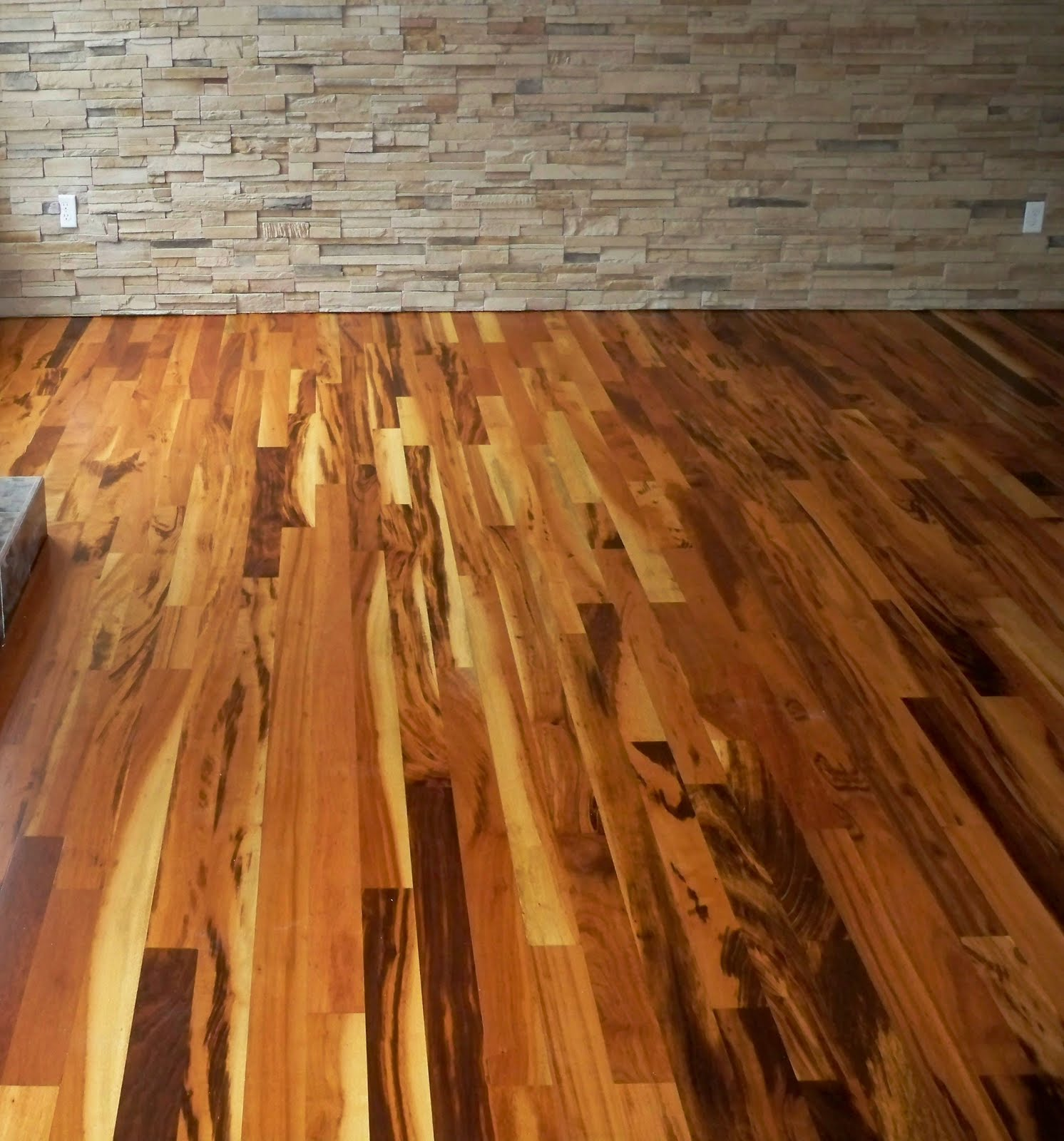 Asesor a en decks docks ironwood duela tigerwood ottawa - Duelas de madera ...