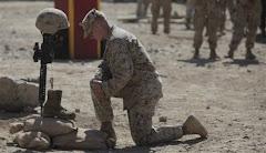 ...a quei bravi ragazzi, figli dell'America di oggi, morti in guerra!