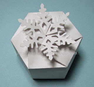 snowflake box