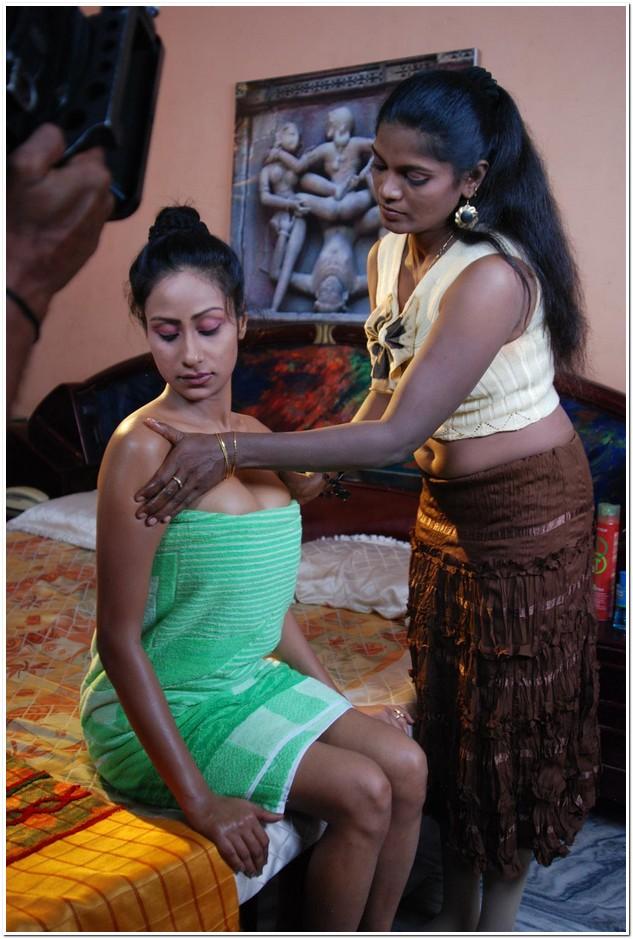 indian-bhabhi-photo-in-sexy-maxi