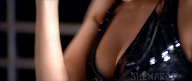 [bollywood_actress_hot_movie_scene_14.jpg]