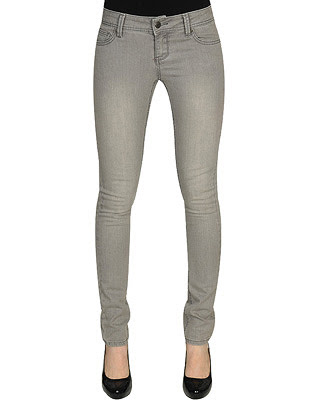 Skinny Jeans For Women With Curves. on wearing Skinny Jeans: