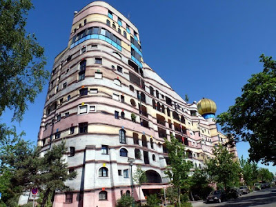Forest Spiral Apartments in Germany02