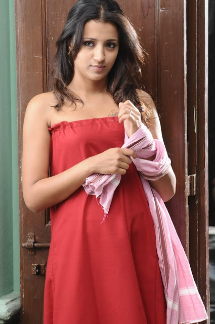 Kuspu Hot http://www.zimbio.com/South+Indian+Actresses/articles/Lq8dfOXJELV/Indian+cinema+actress+model+Trisha+krishnan