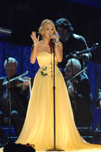 Carrie Underwood - Angels Brought Me Here Lyrics