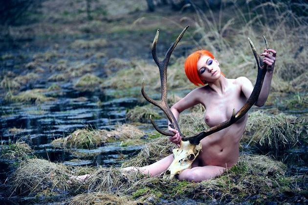 aleksandra zenibyfajnie nudez cabelos curtos vermelho laranja
