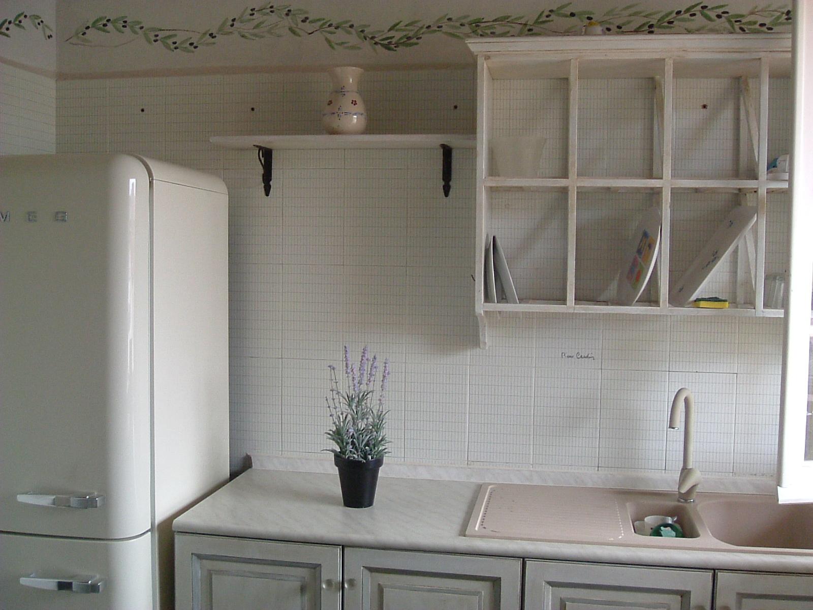 Gustavian Chic : Cucine. Una cucina Shabby.