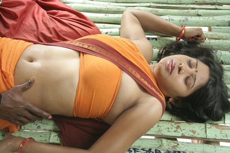indianki-golie-video