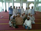 Di Masjid Kristal