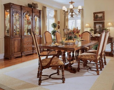 Traditional Wood Furniture on Traditional Dining Room Furniture Made Of Strong Wood Such As Teak