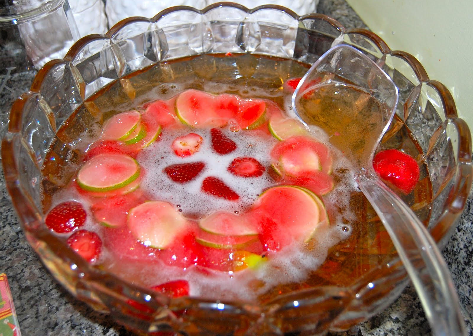 punch holiday punch recipes awesome champagne punch champagne punch ...