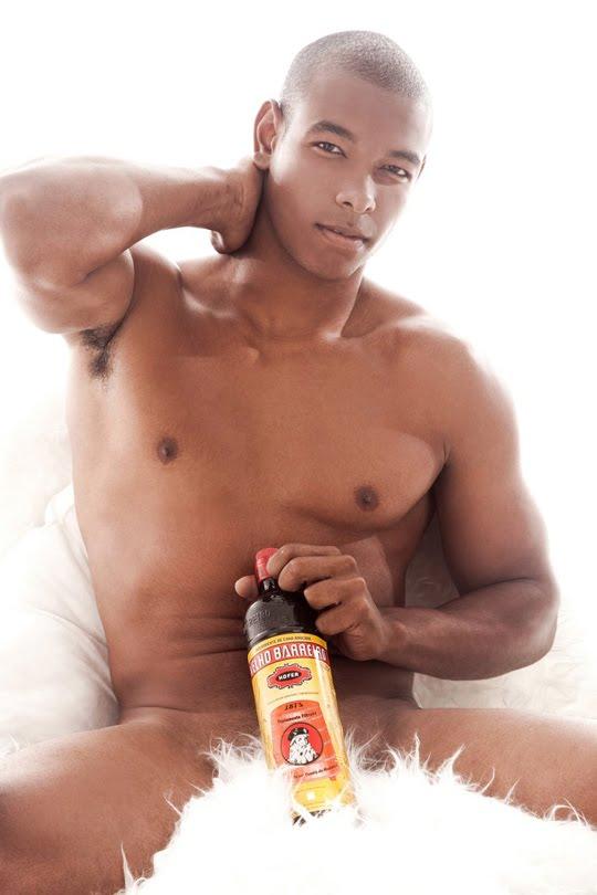 Modelos Brasileiros Posam Nus   As Bebidas Mais Consumidas No Pa  S