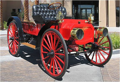 International+Harvester+Auto+Wagon+1910.jpg